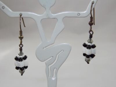 E-50 White & Black Beaded Bead Earrings