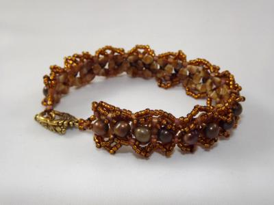 B-89 brown pearl bracelet
