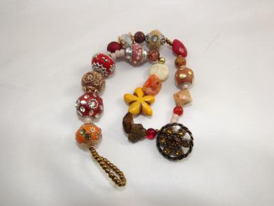 B-159 Shades of Red Chunky Bracelet