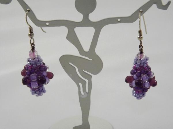 E-29 Shades of Purple Beaded Bead Earrings
